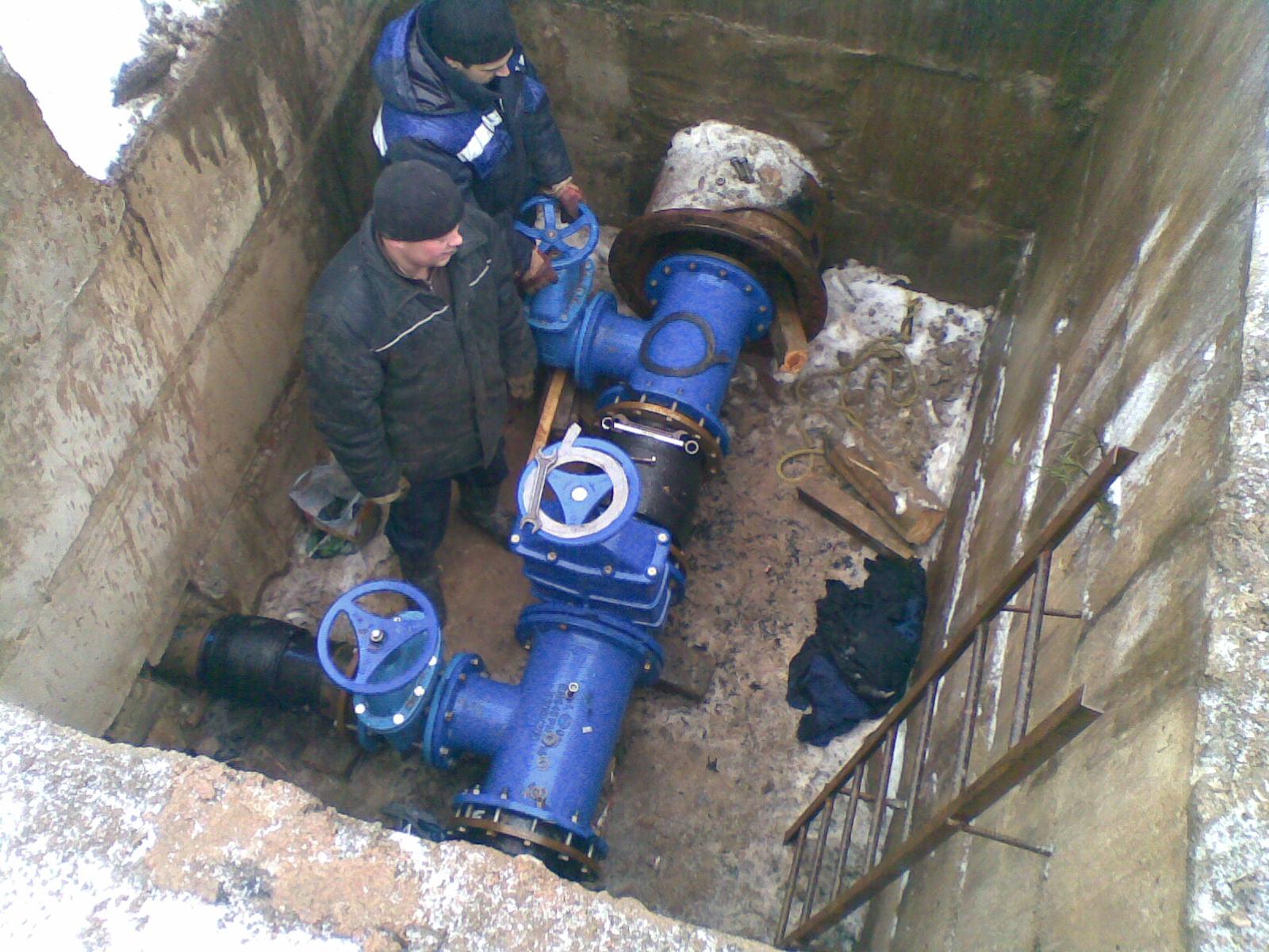 Как проводится монтаж внешних сетей водопровода